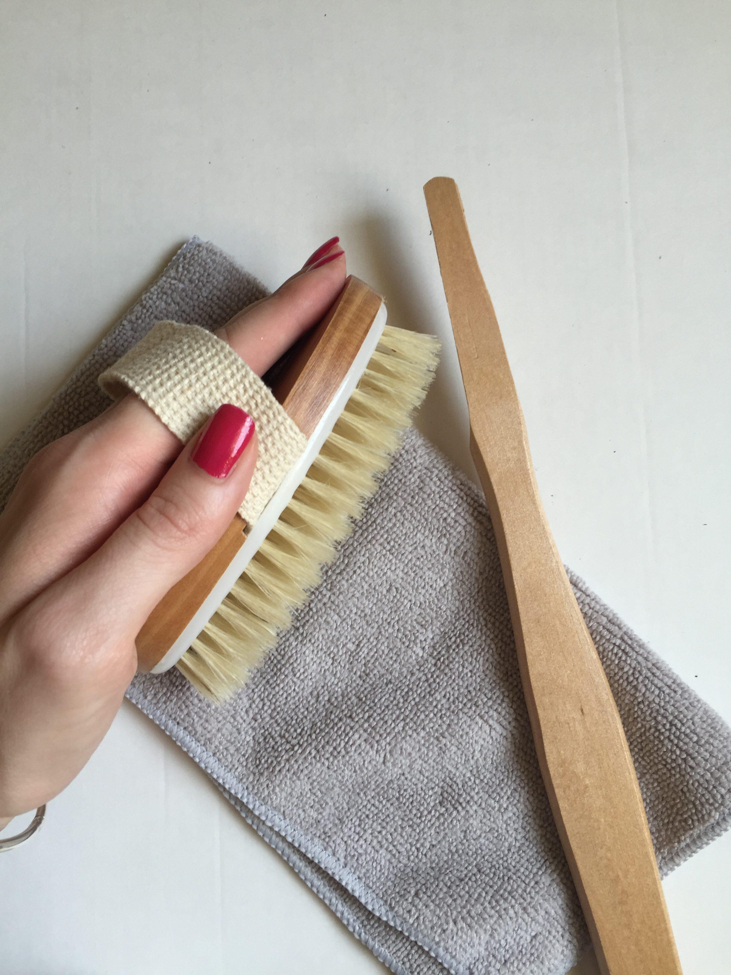 MON MODE | Beauty | Dry Brushing