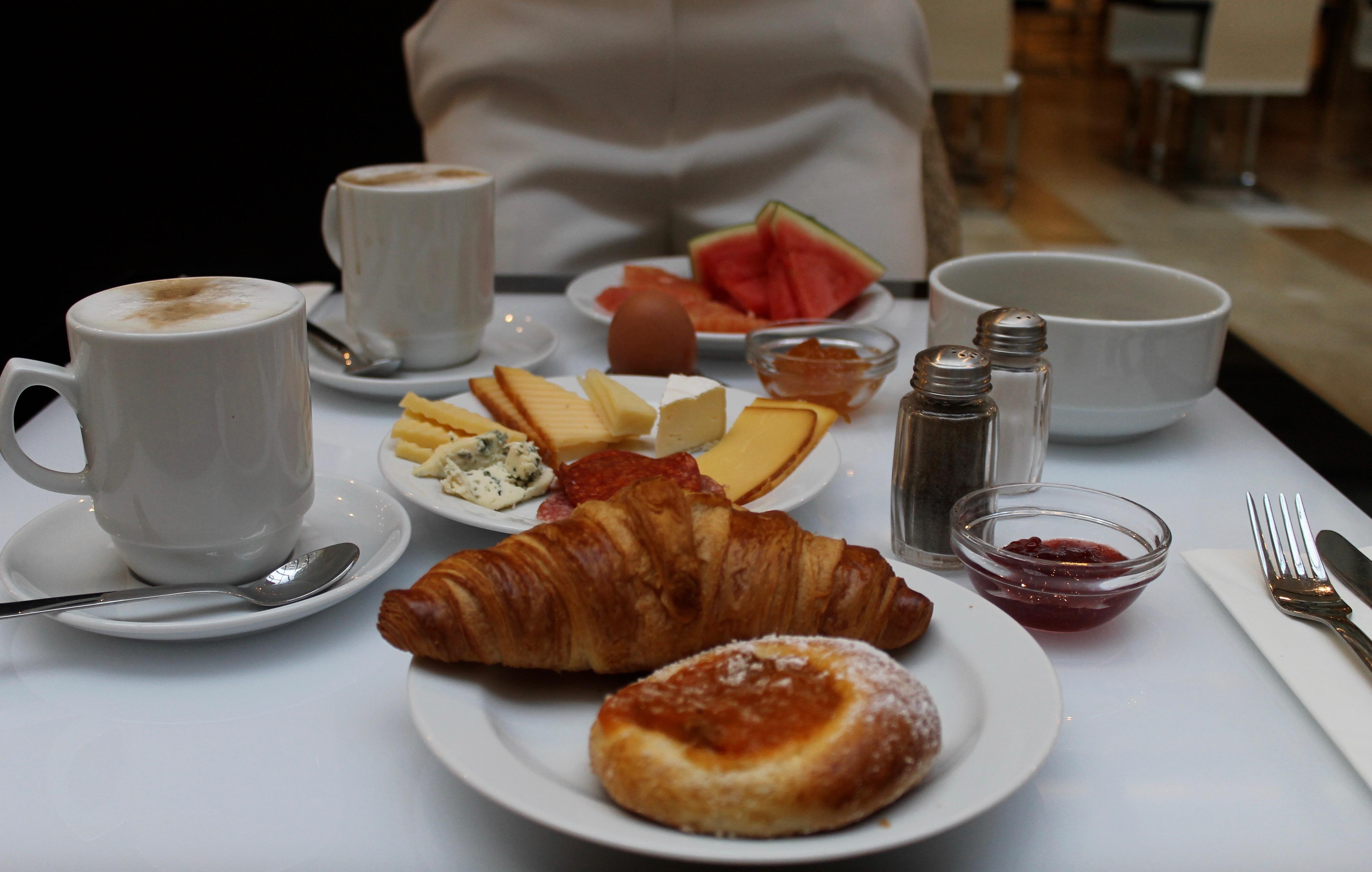 MON MODE | Travel Blogger | Yasmine Hotel Prague | Review | 4 Star Hotel | Czech Republic