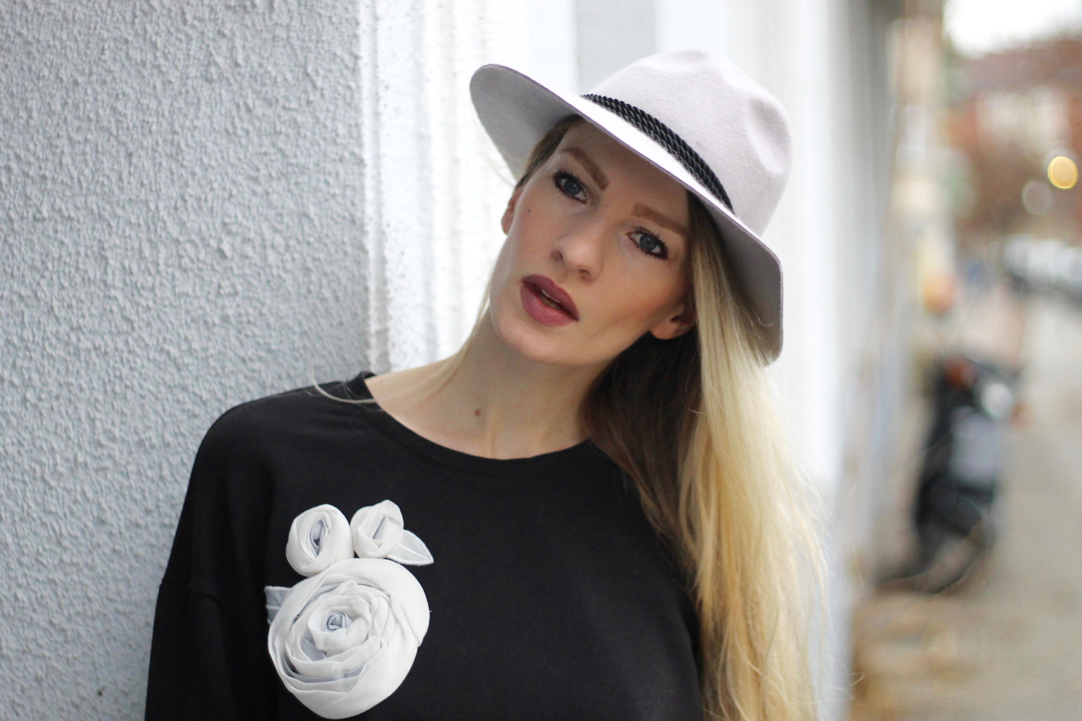 MON MODE | Fashion Blogger | Berlin Street Style | MonMode Blog | Oversized Sweater