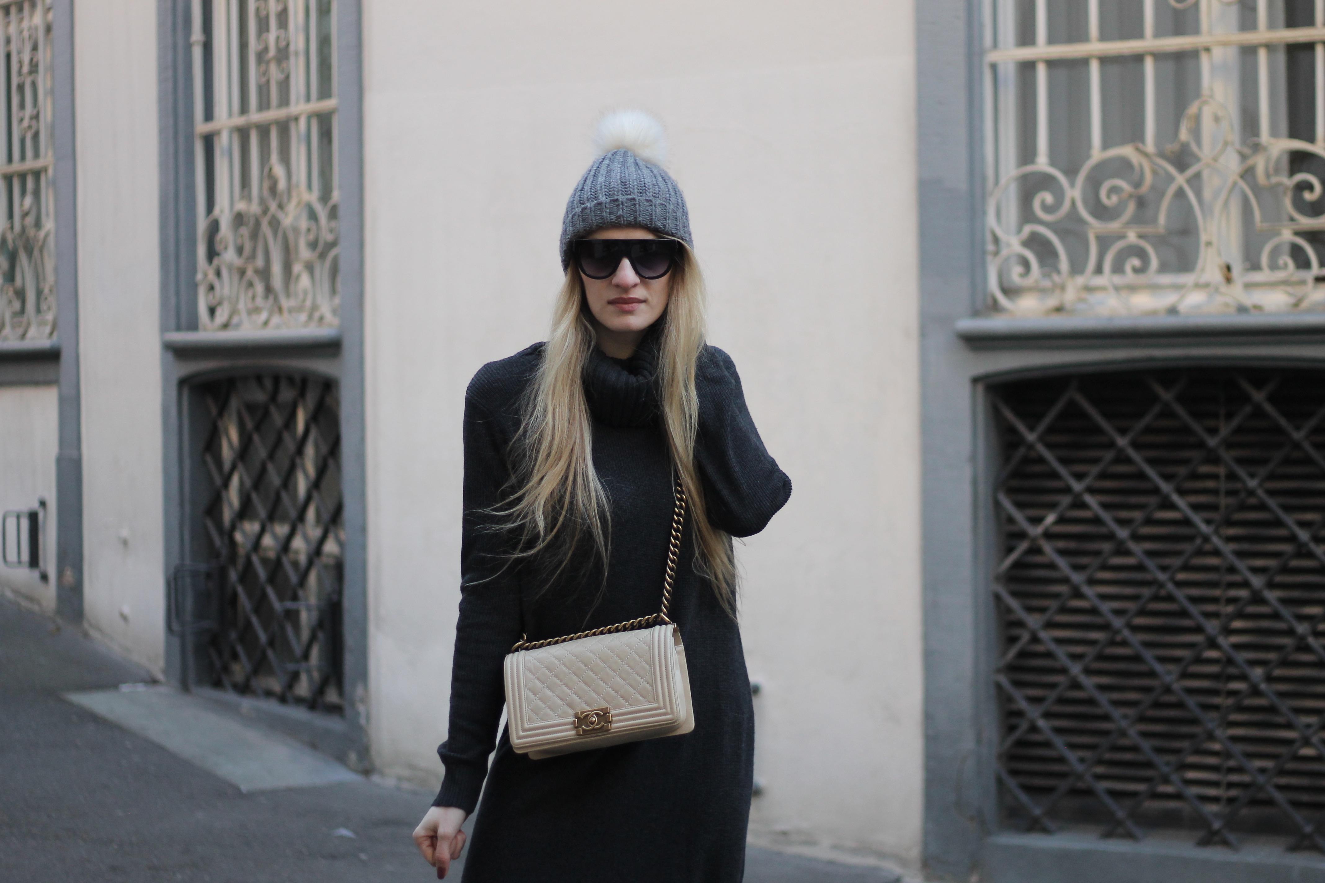 MON MODE   Fashion Blogger   Berlin Street Style   MonMode Blog   Fur Mules   Oversized Sweater Dress  Basel   Switzerland