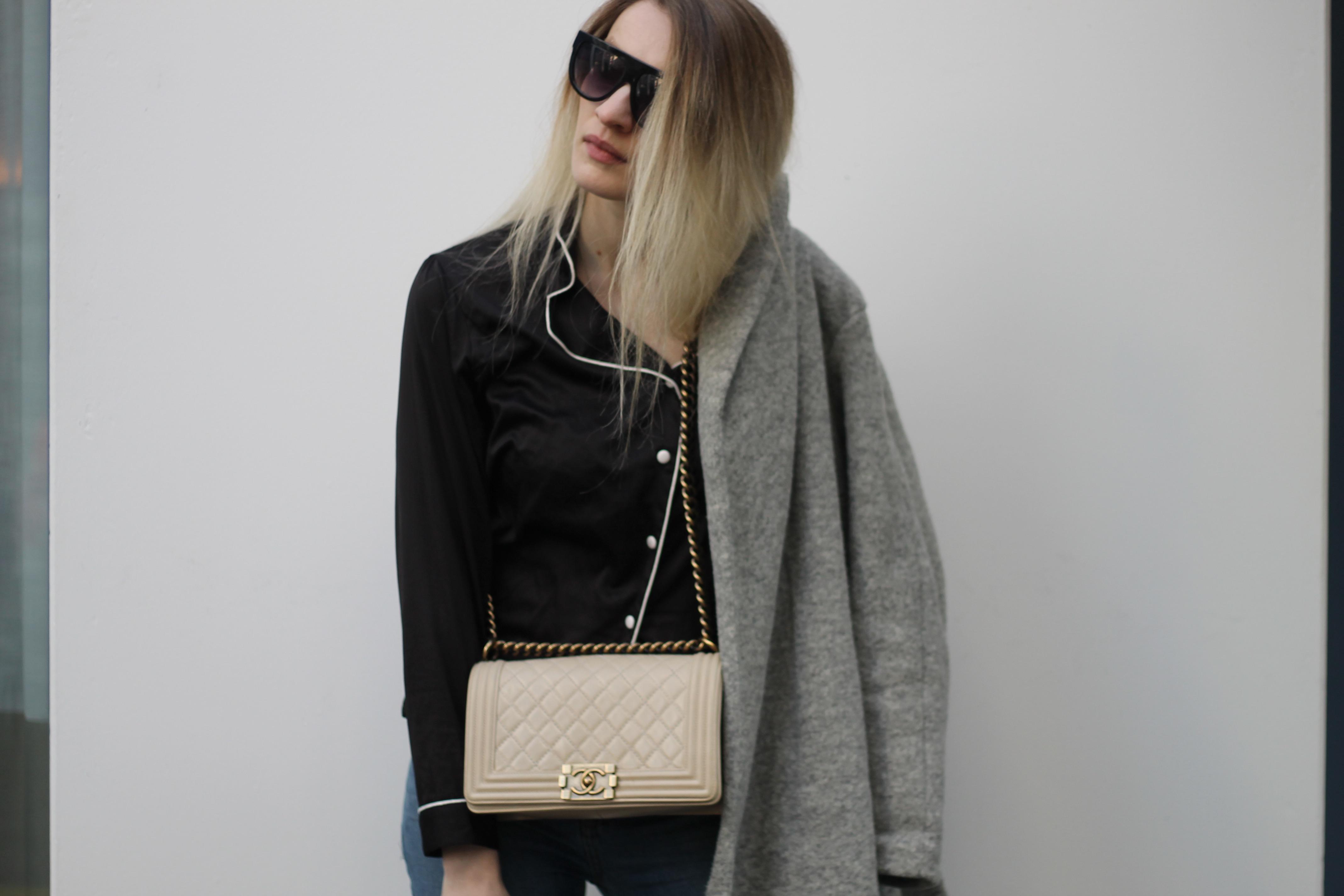 MON MODE   Fashion Blogger   Berlin Street Style   Fashion Trends   Berlin Fashion  Travel Blogger  PJ Bed Sheets   Chanel Boy