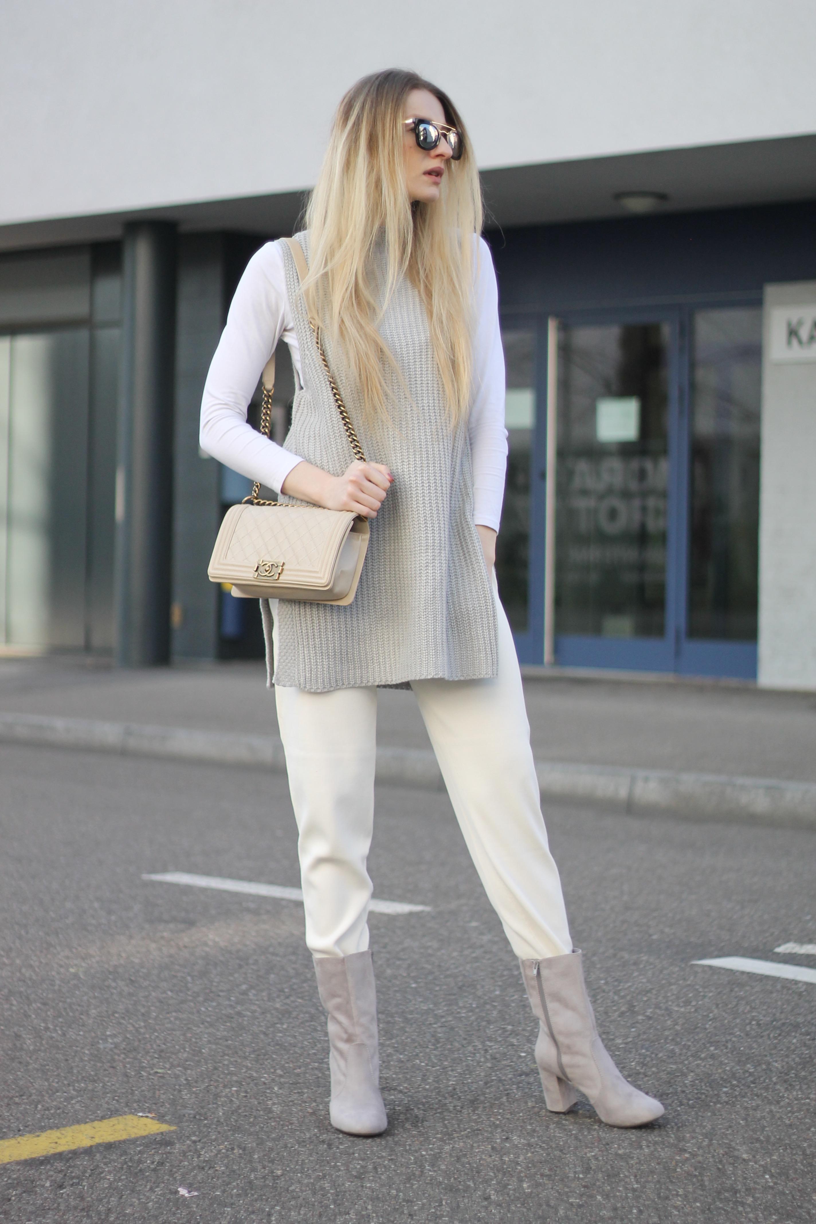 MON MODE | Fashion Blogger | Berlin Street Style | Fashion Trends | Berlin Fashion| Blush and Teddy Fur| Nude Minimalist
