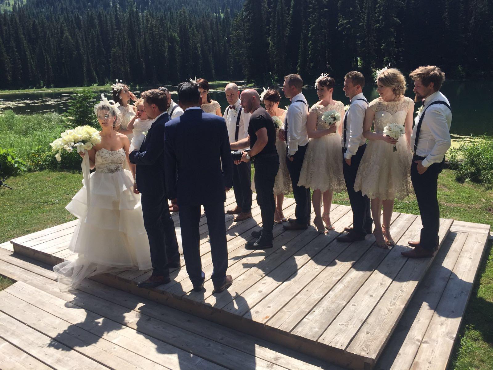 MON MODE | Fashion Blogger | Toronto Blogger | Fernie Wedding | Wedding | MOH | Timezones