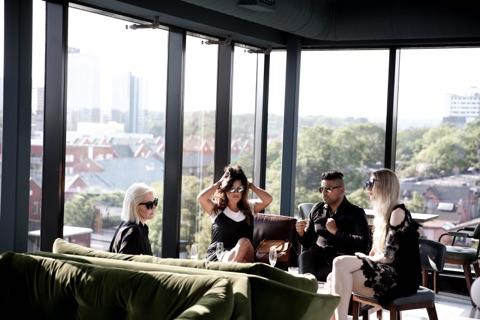 MON MODE | Fashion Blogger | Toronto Blogger | Broadview Hotel | Toronto