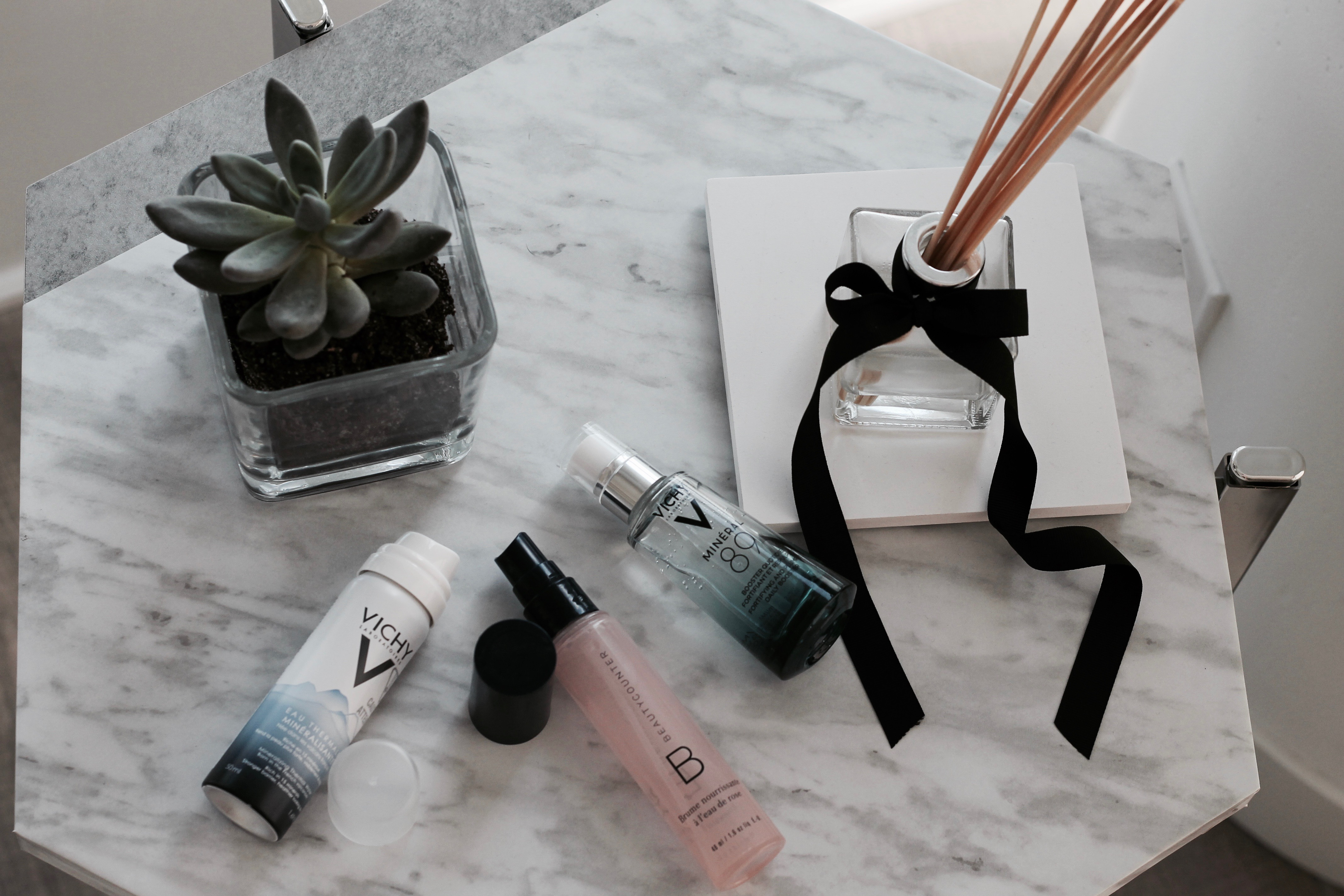 MON MODE Blog | Mon Mode | Fashion Blog | Toronto Blogger |Summer Skincare Routine | Vichy Mineral Water | Face mist