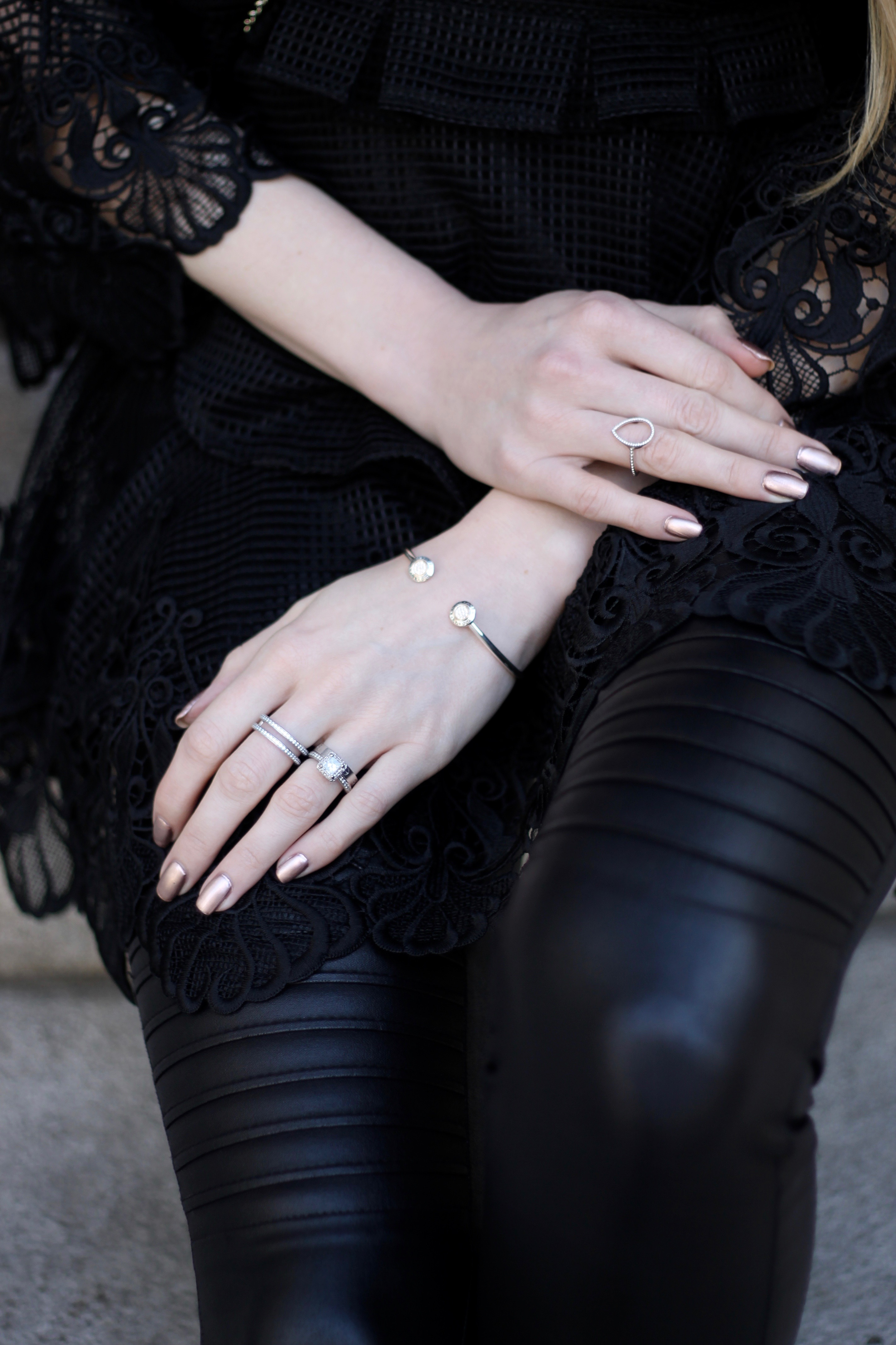 MON MODE | MonMode | Fashion Blog | Montreal Guide | LBD | Two Years Marriage Jewels | Pandora | Everlasting Roses