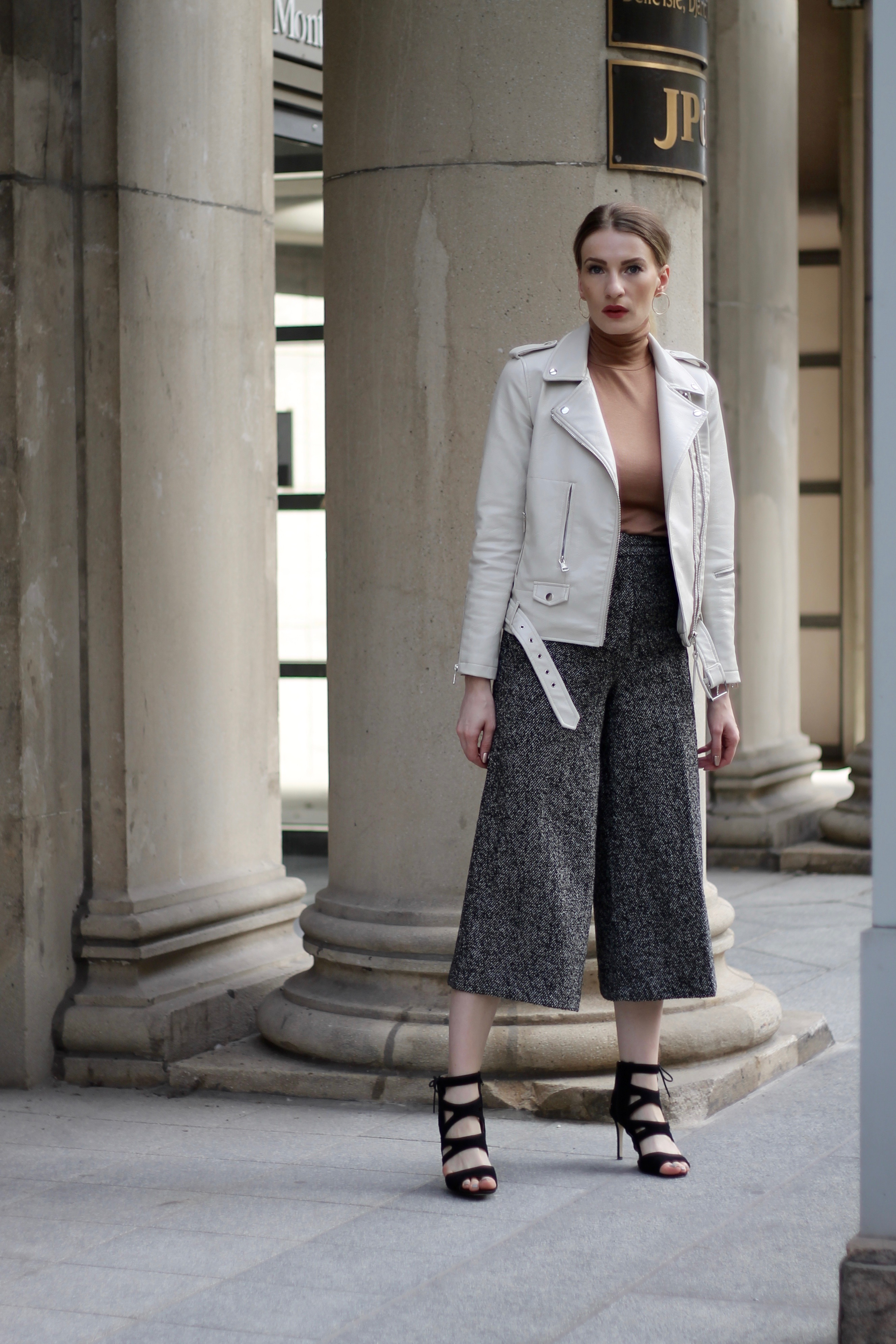 MON MODE Blog   Mon Mode   Style Blog   Toronto Blogger   Fall Wardrobe Staples   Massimo Dutti   Montreal