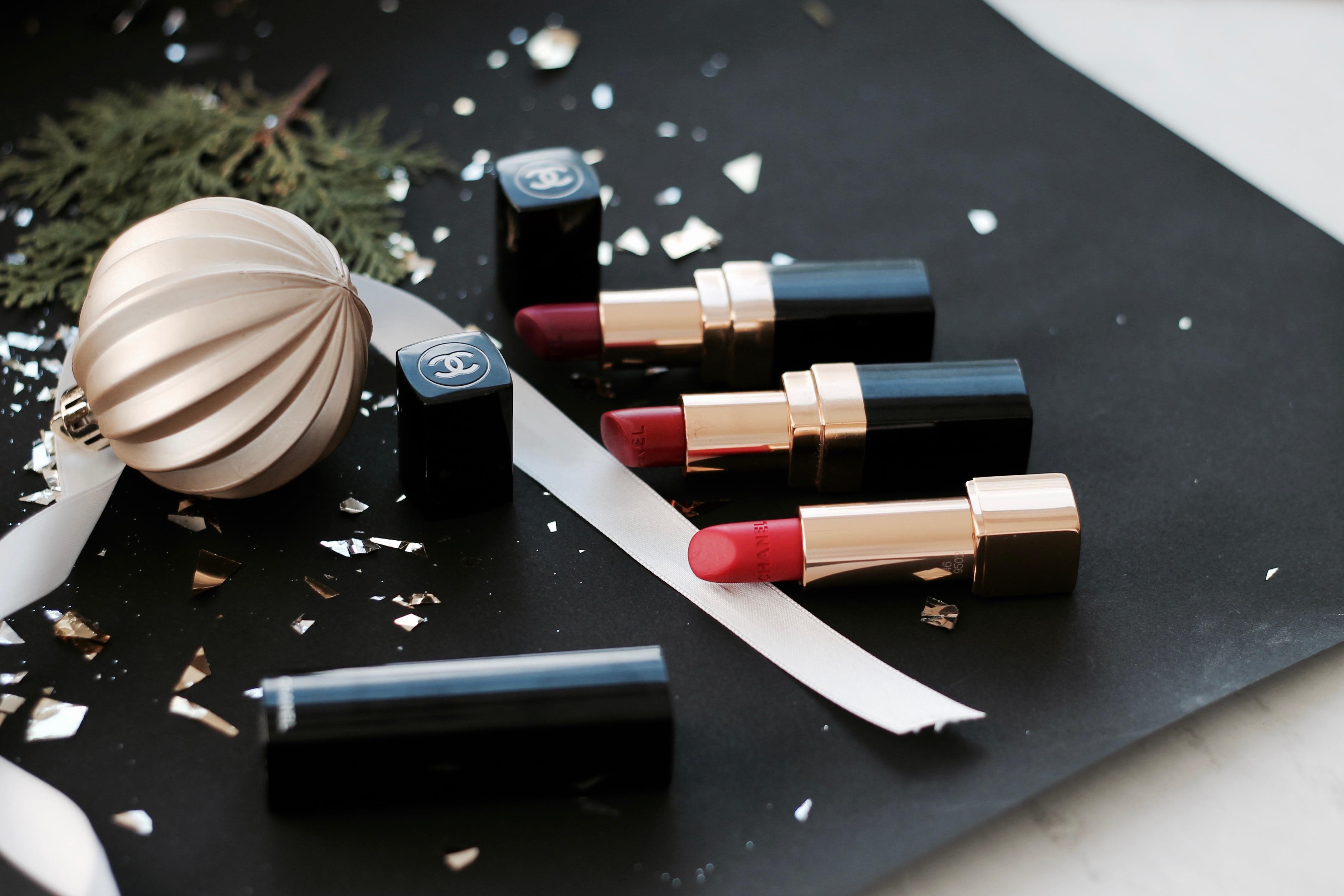 MON MODE Blog | Mon Mode | Fashion Blog | Toronto Blogger | Gift Guide Beauty Lover | Chanel